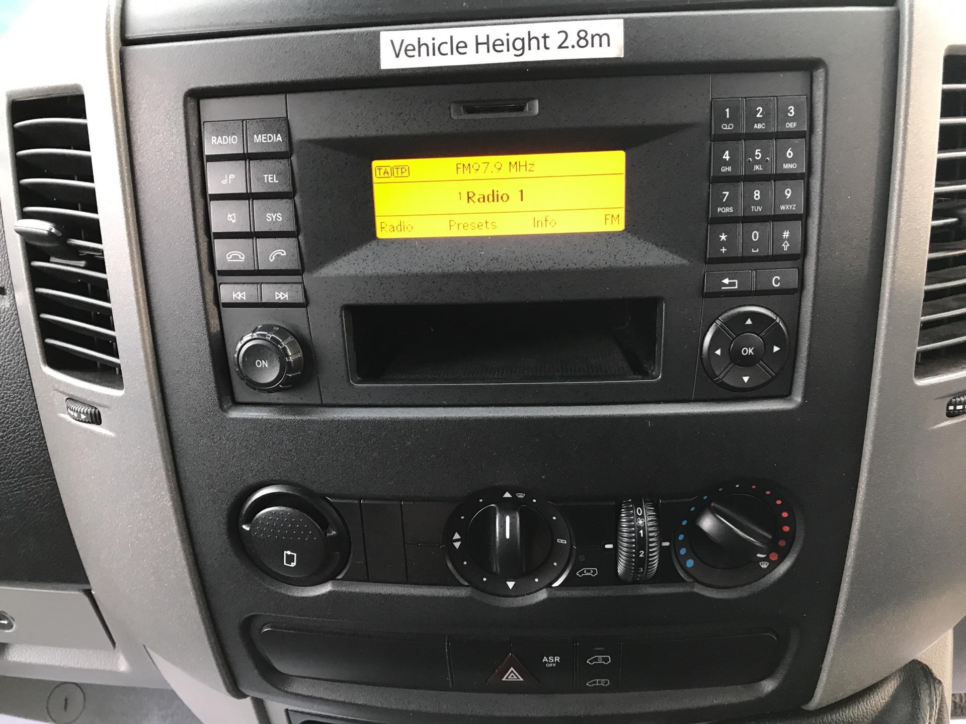 2014 Mercedes-Benz Sprinter 313 CDI WELFARE VAN 129PS EURO 5 (KN14VHP) Image 10