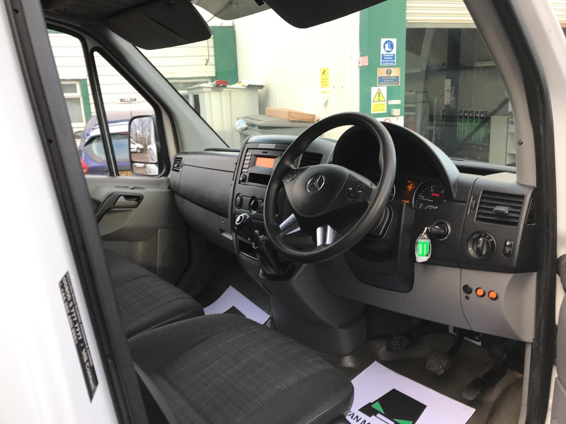 2014 Mercedes-Benz Sprinter 313 CDI WELFARE VAN 129PS EURO 5 (KN14VHP) Image 9