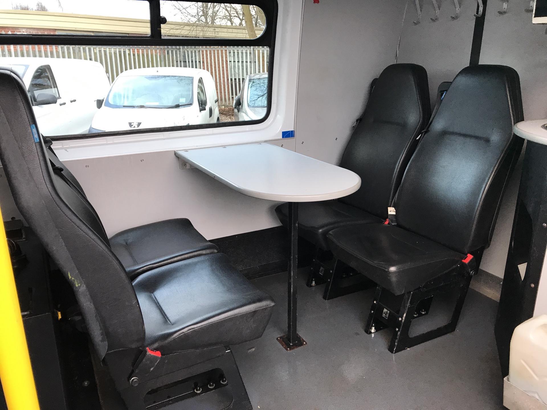 2014 Mercedes-Benz Sprinter 313 CDI WELFARE VAN 129PS EURO 5 (KN14VHP) Image 27
