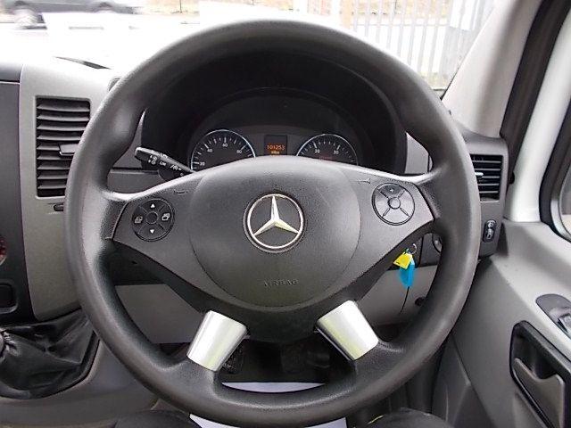 2015 Mercedes-Benz Sprinter  313 LWB DROP SIDE EURO 5 (KN15MWO) Image 9