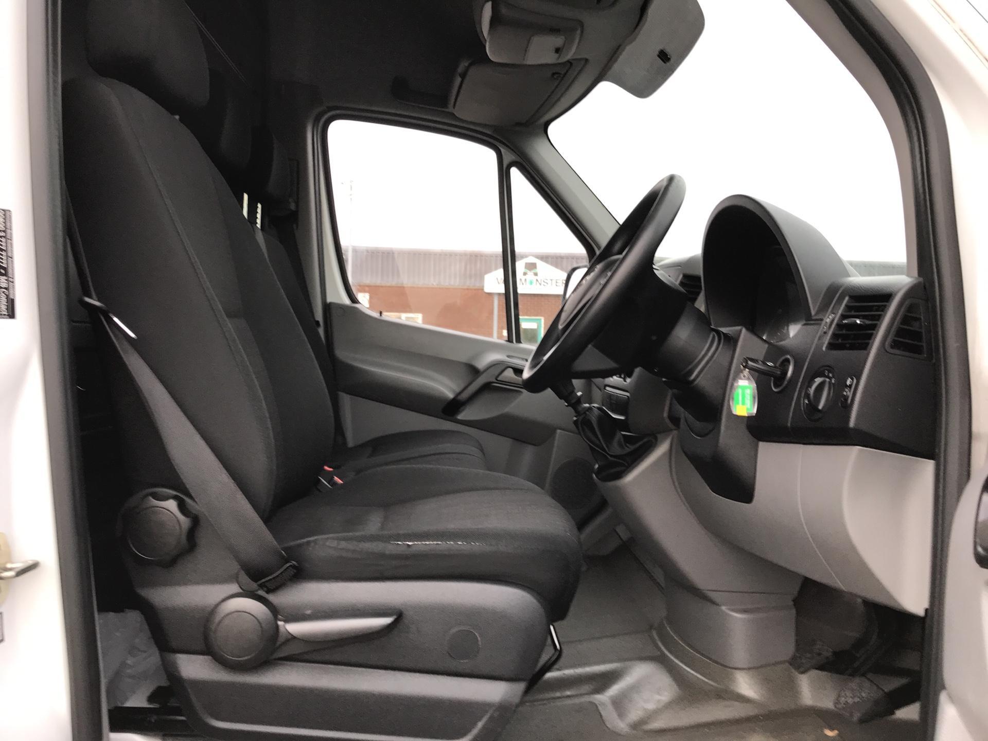 2015 Mercedes-Benz Sprinter 313 LWB H/R VAN EURO 5 (KN15XSG) Image 9