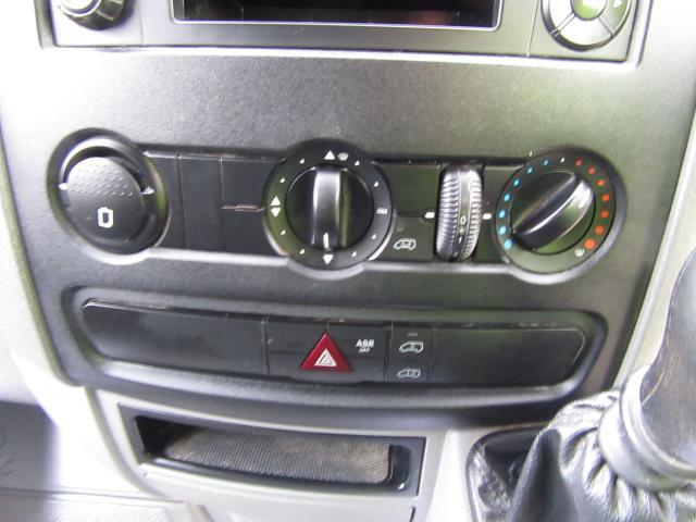 2015 Mercedes-Benz Sprinter  313 MWB H/R EURO 5   *TOW BAR & RACKING* (KN15XTU) Image 25