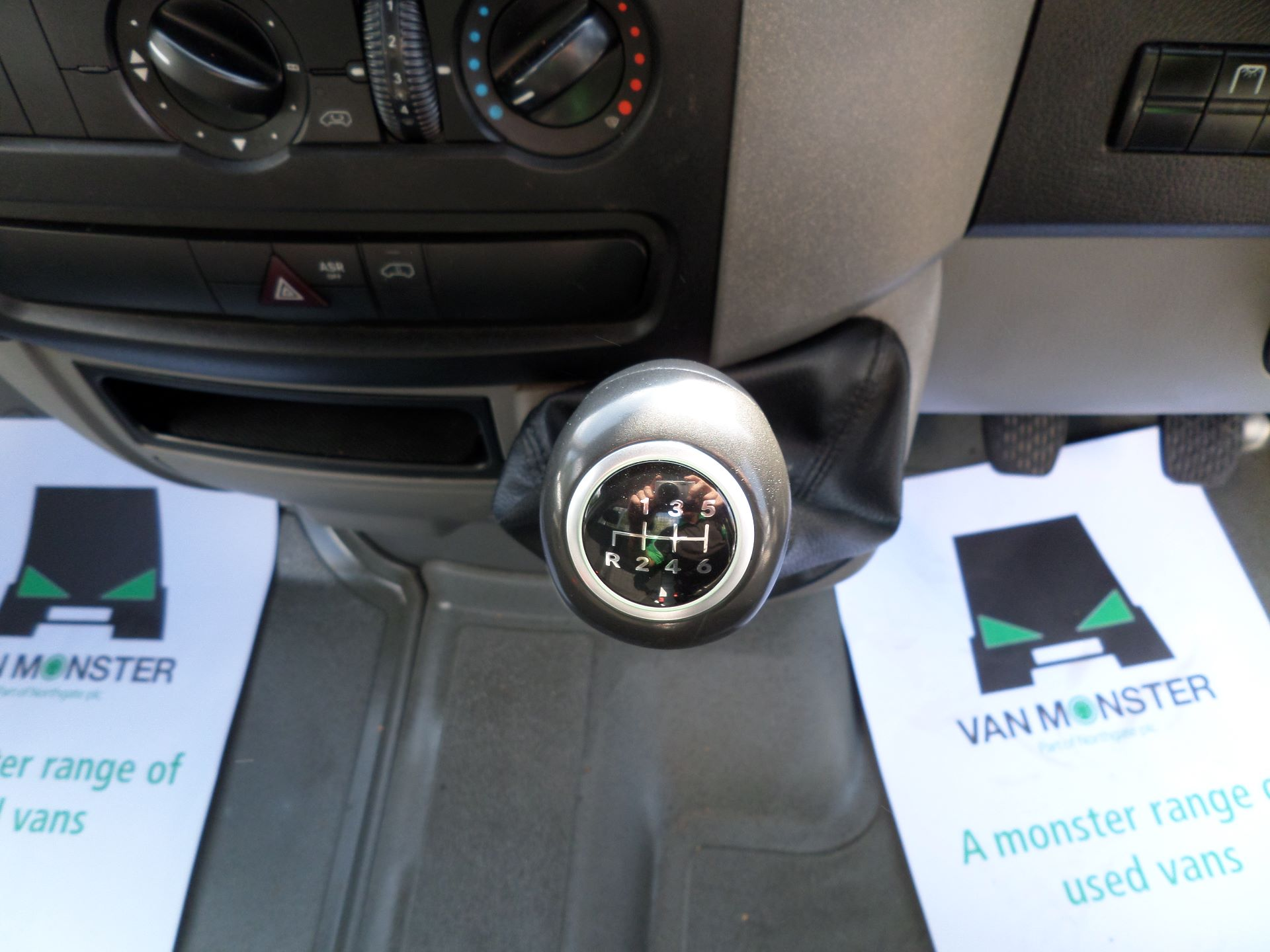 2015 Mercedes-Benz Sprinter  313 LWB DROP SIDE EURO 5 (KN15XTW) Image 4