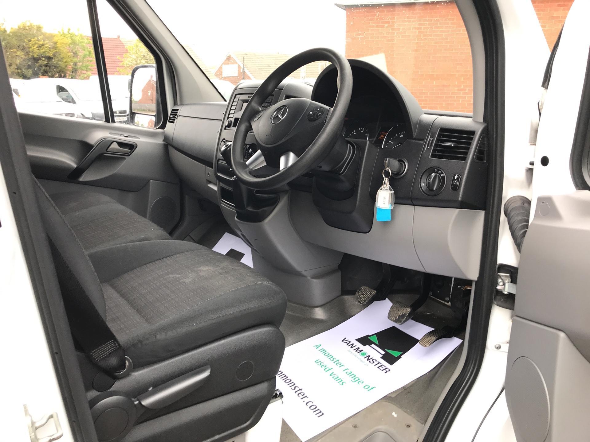 2017 Mercedes-Benz Sprinter 314 LWB H/R VAN EURO 6 (KN17BLZ) Image 9