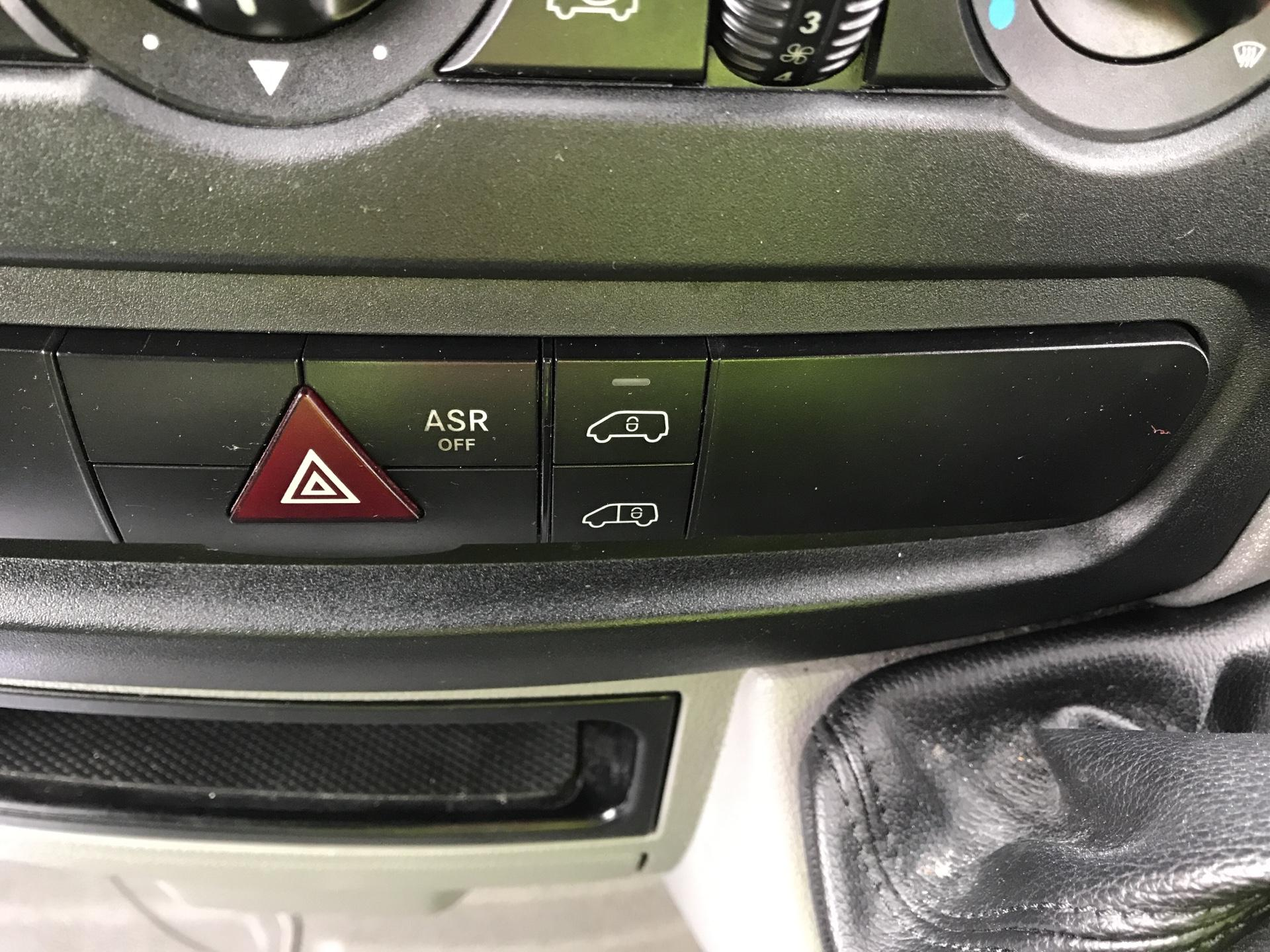 2017 Mercedes-Benz Sprinter  314 LWB H/R VAN EURO 6 (KN17BSY) Image 16