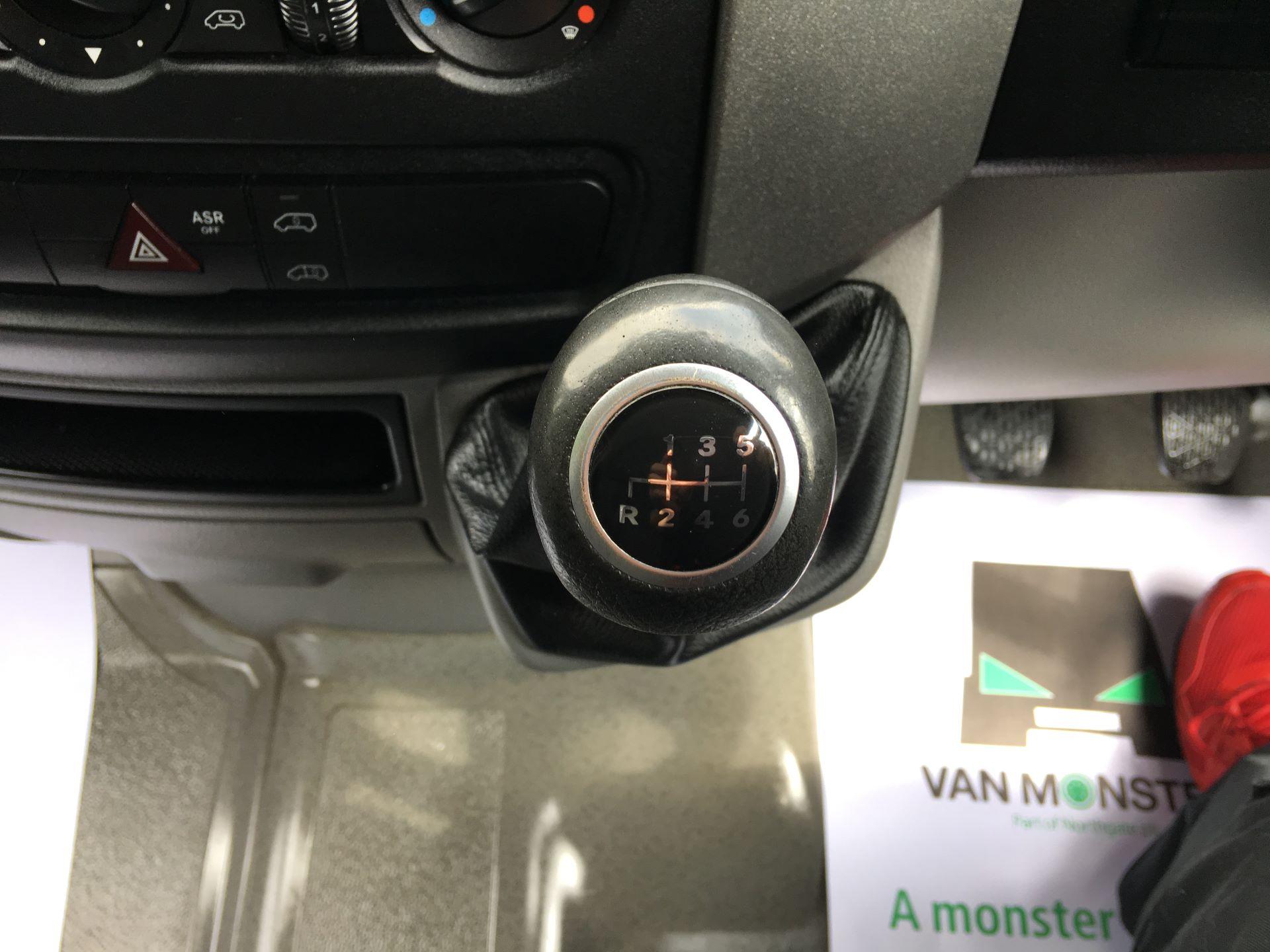2017 Mercedes-Benz Sprinter 314 CDI LWB HIGH ROOF VAN EURO 6 (KN17BVH) Image 4