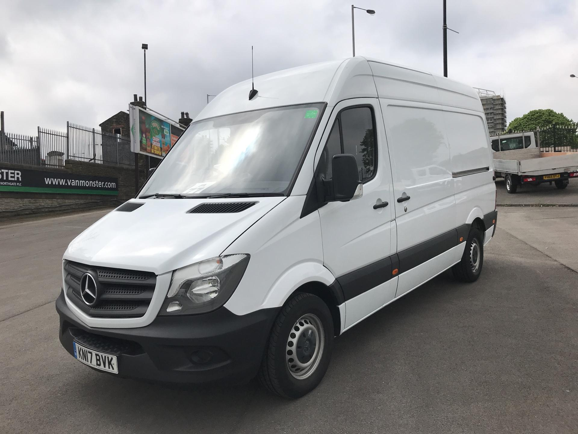 2017 Mercedes-Benz Sprinter 3.5T High Roof Van MWB (KN17BVK) Thumbnail 7