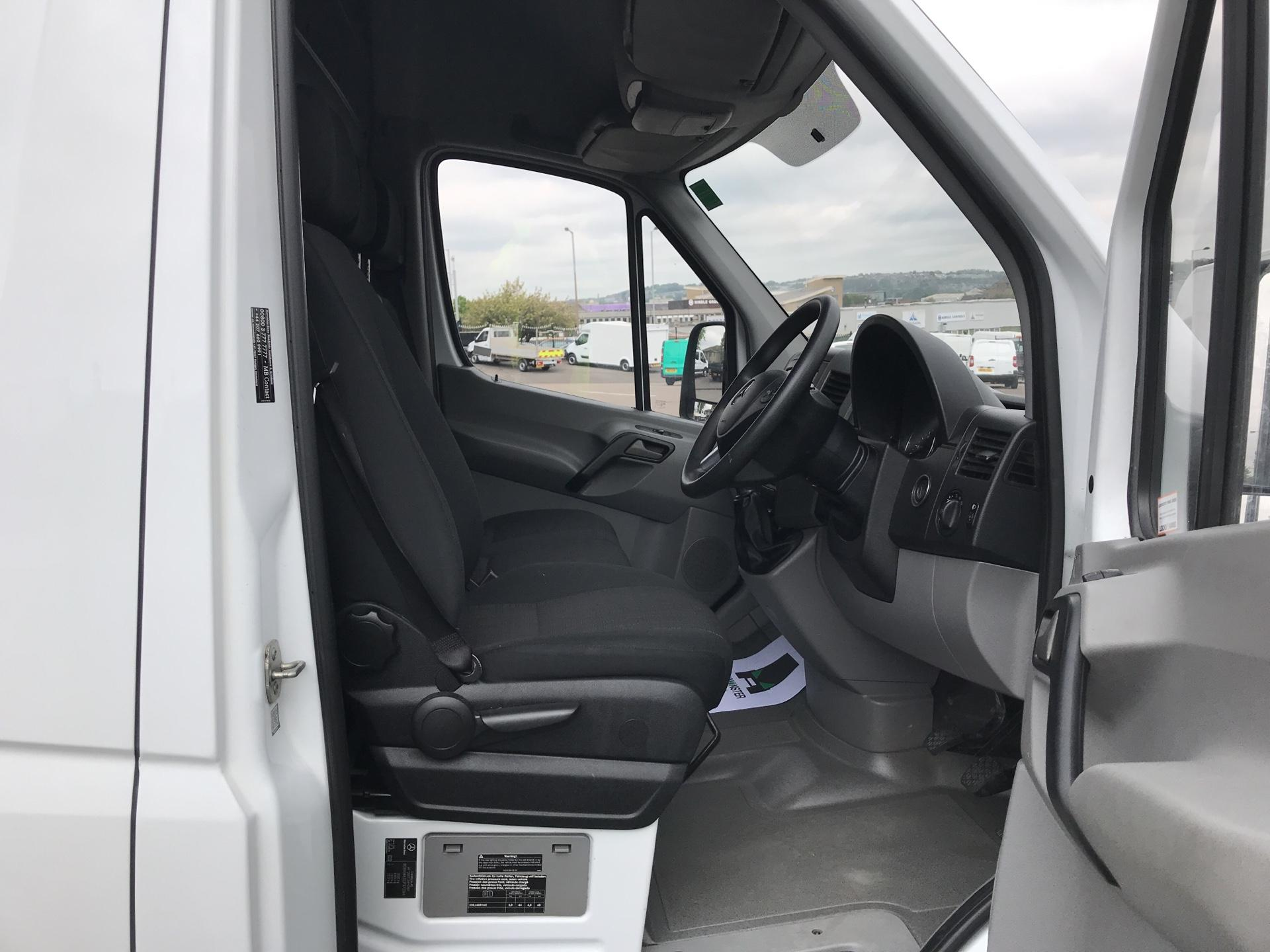 2017 Mercedes-Benz Sprinter 3.5T High Roof Van MWB (KN17BVK) Thumbnail 9