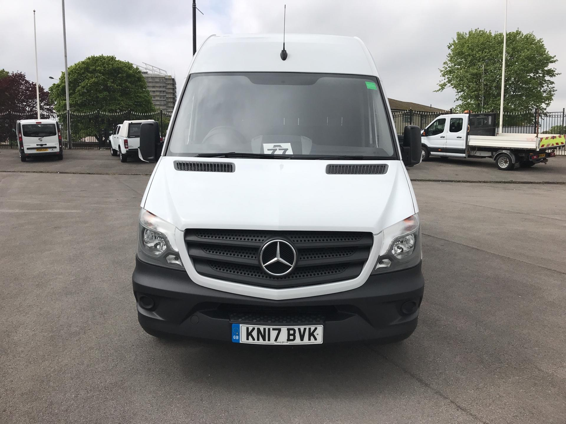 2017 Mercedes-Benz Sprinter 3.5T High Roof Van MWB (KN17BVK) Thumbnail 8