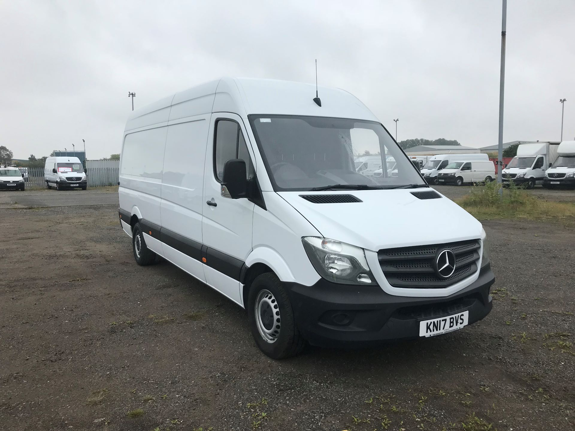 2017 Mercedes-Benz Sprinter 3.5T High Roof Van (KN17BVS)