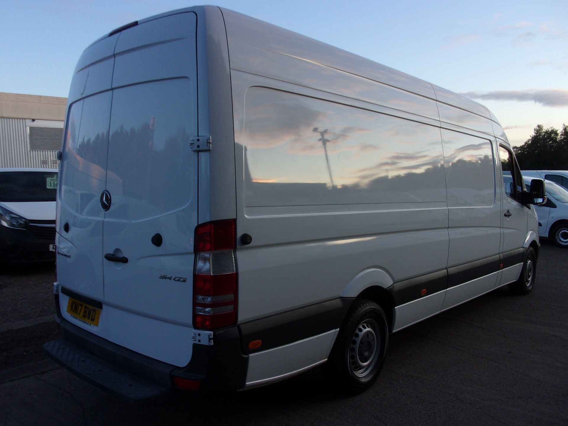 2017 Mercedes-Benz Sprinter 314 CDI LWB HIGH ROOF VAN EURO 6 (KN17BWD) Image 5