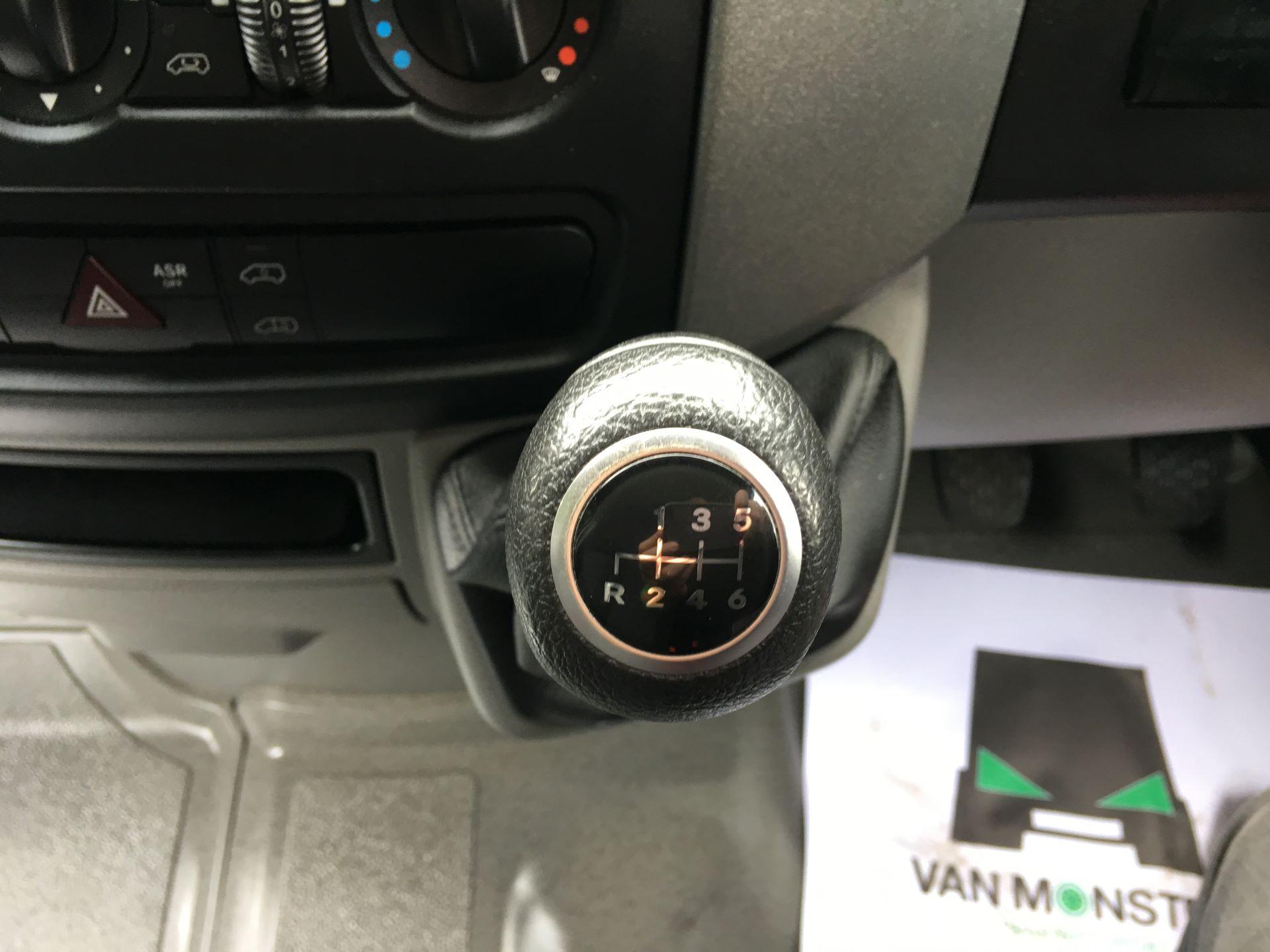 2017 Mercedes-Benz Sprinter 314 CDI LWB HIGH ROOF VAN EURO 6 (KN17BYF) Image 4