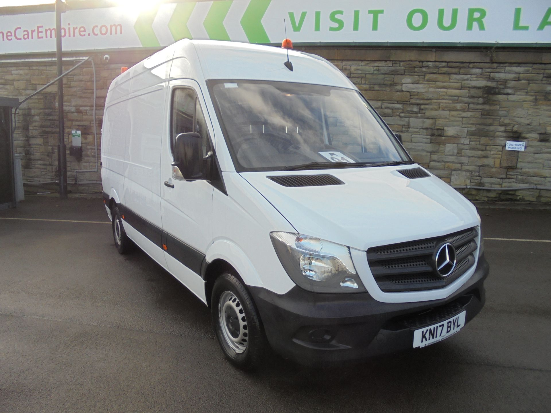 2017 Mercedes-Benz Sprinter 3.5T High Roof Van (KN17BYL)
