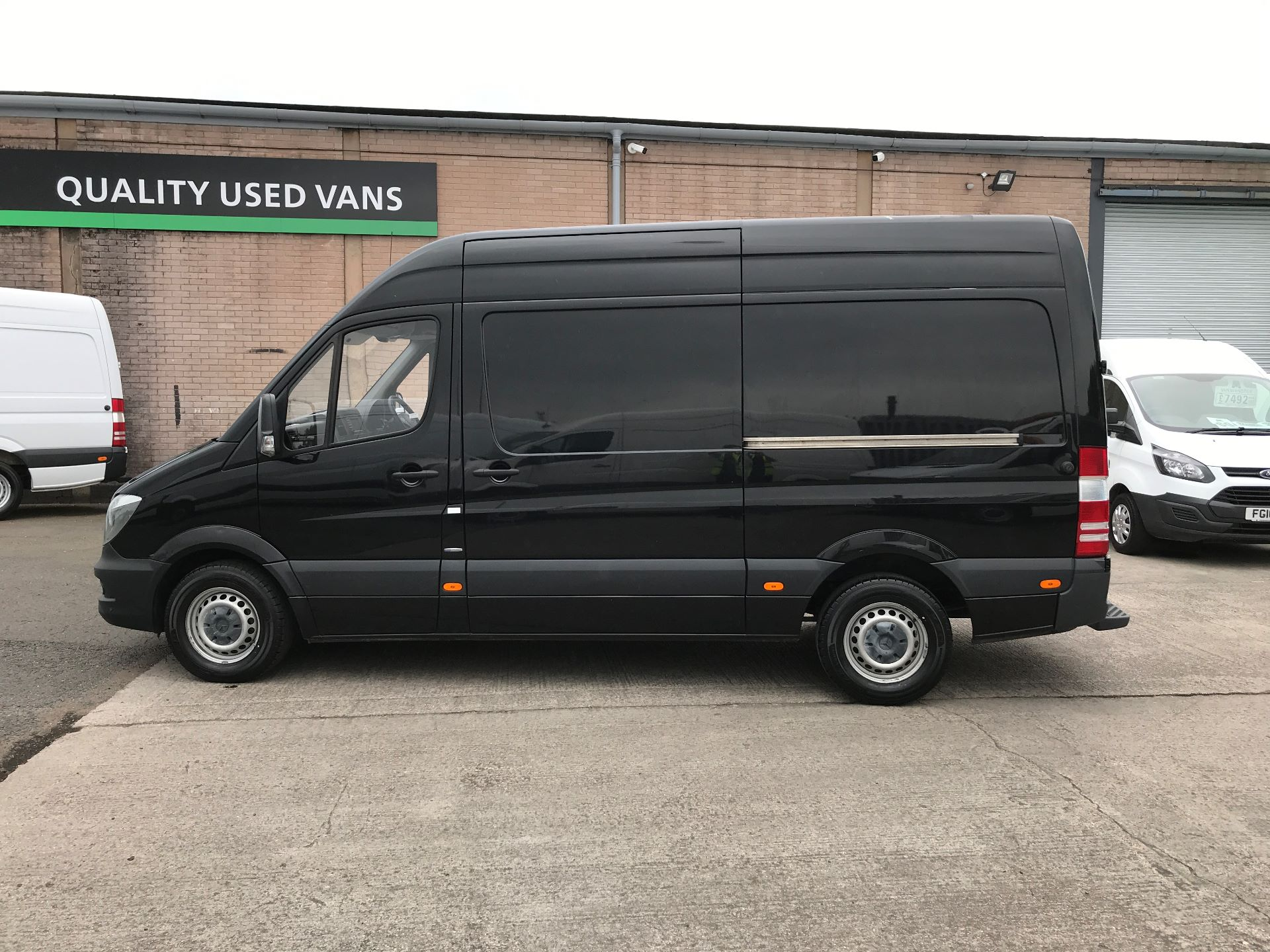 2017 Mercedes-Benz Sprinter 314CDI MWB HIGH ROOF 140PS EURO 6 AIR CON (KN17NXE) Image 11