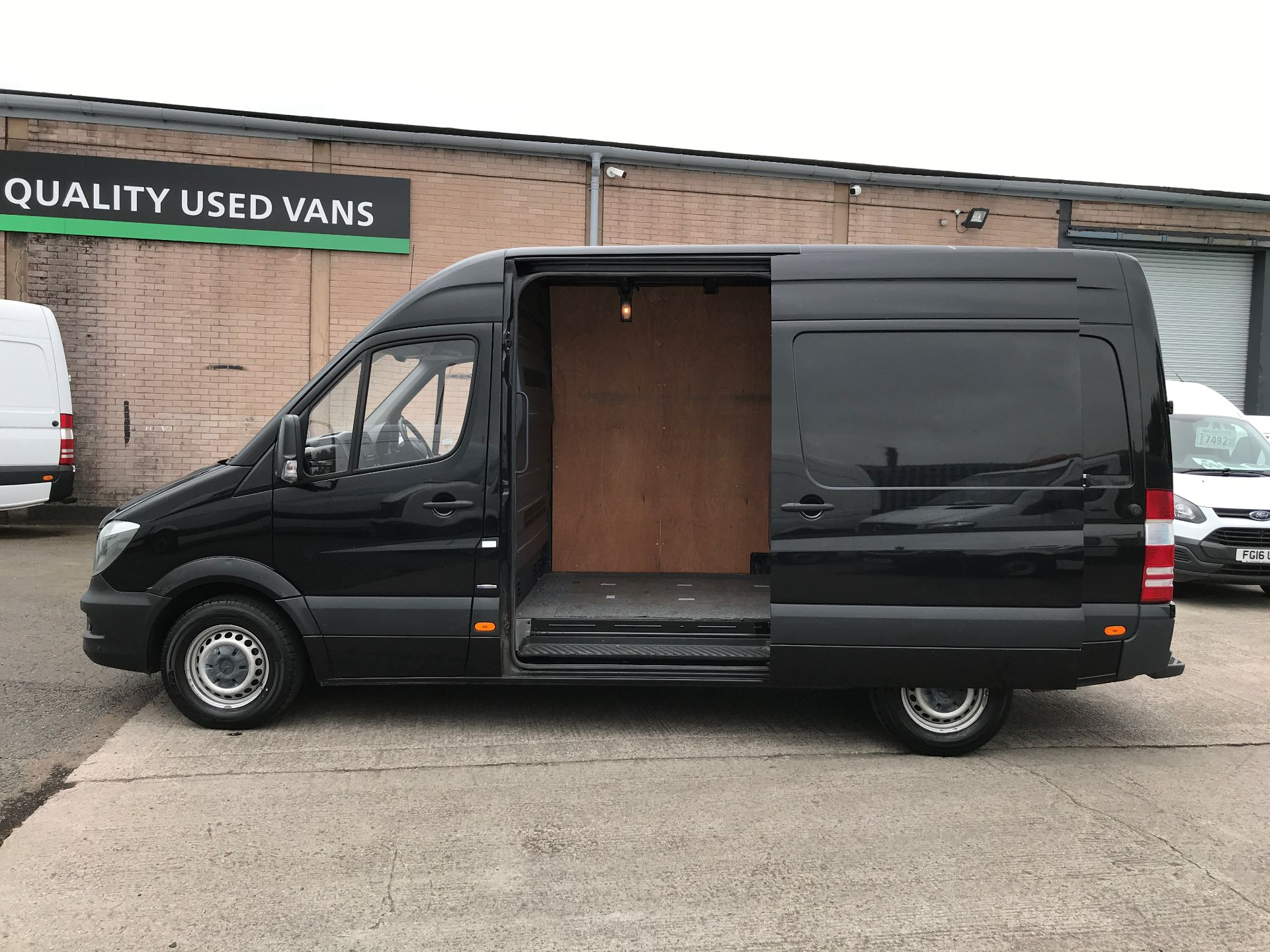 2017 Mercedes-Benz Sprinter 314CDI MWB HIGH ROOF 140PS EURO 6 AIR CON (KN17NXE) Image 19