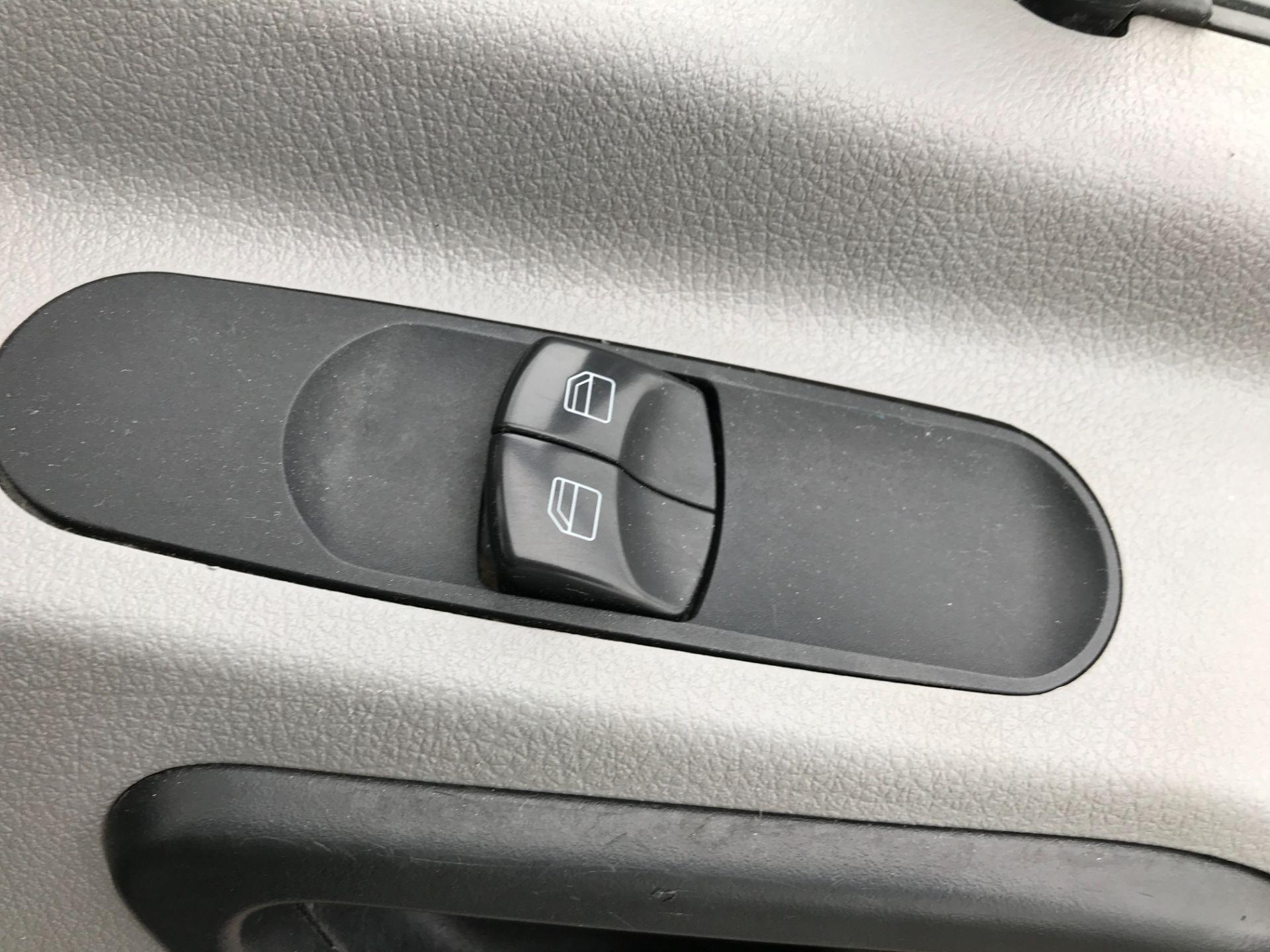 2017 Mercedes-Benz Sprinter 314CDI 13FT DROPSIDE 140PS EURO 6 (KN17OBS) Image 11
