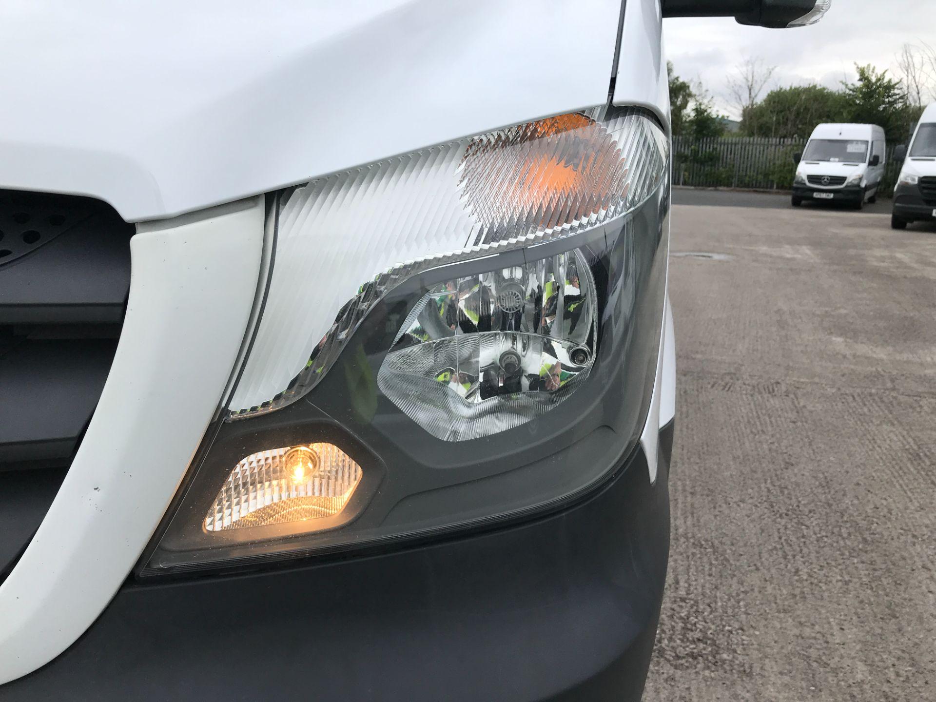2017 Mercedes-Benz Sprinter 314CDI 13FT DROPSIDE 140PS EURO 6 (KN17OBS) Image 28