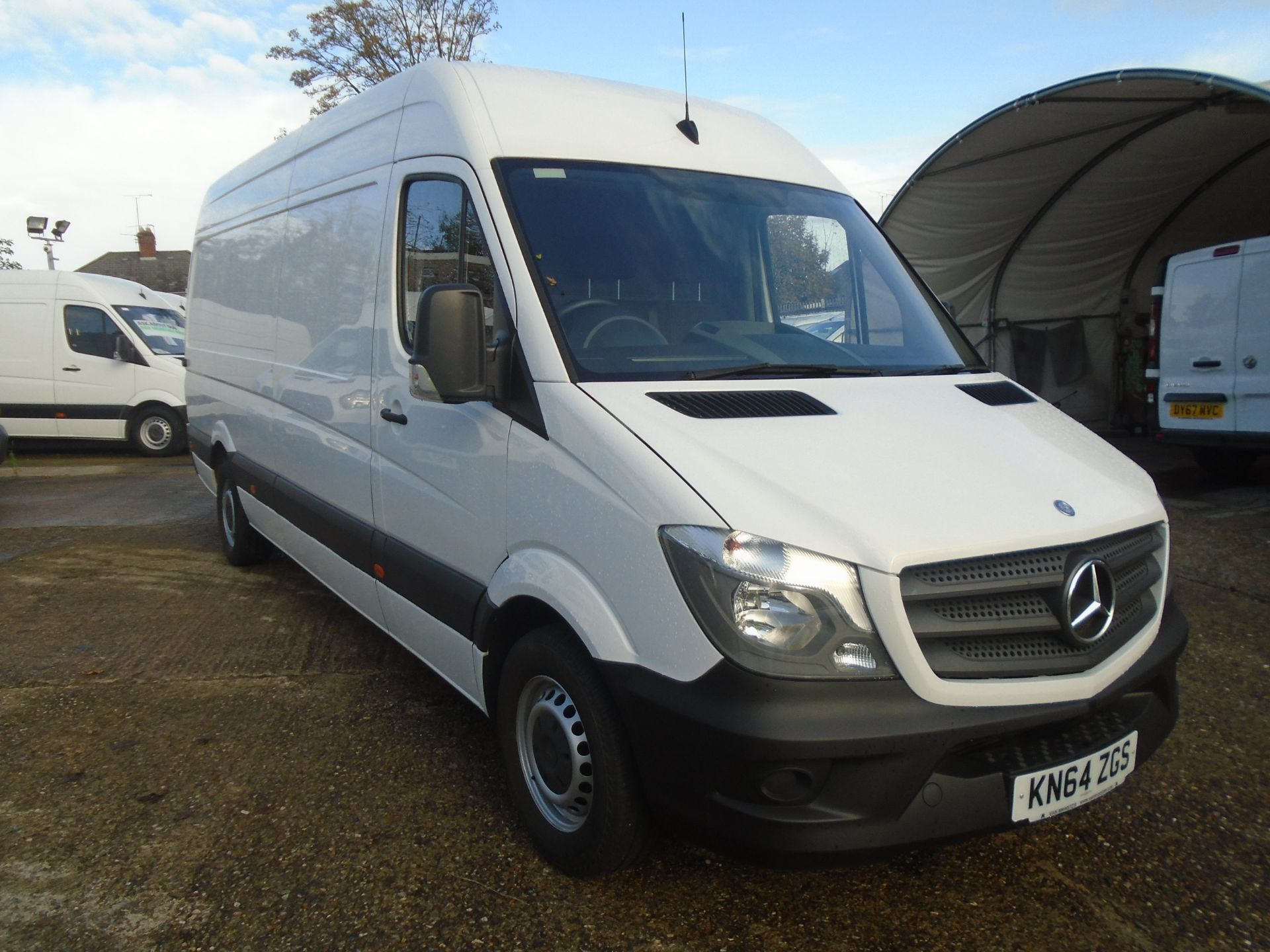 2014 Mercedes-Benz Sprinter 3.5T High Roof Van (KN64ZGS)