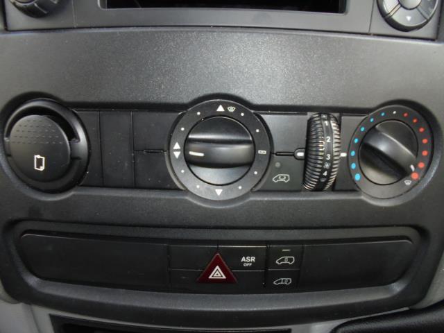 2015 Mercedes-Benz Sprinter  313 MWB 3.5T HIGH ROOF EURO 5 (KN65OPC) Image 15