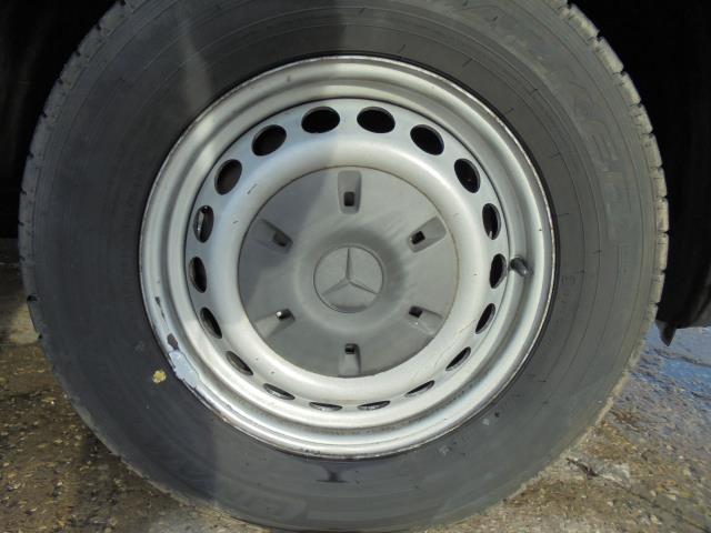 2015 Mercedes-Benz Sprinter  313 MWB 3.5T HIGH ROOF EURO 5 (KN65OPC) Image 26