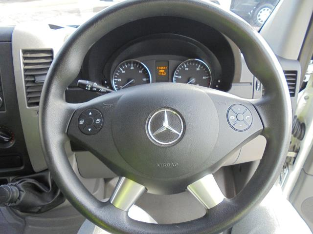2015 Mercedes-Benz Sprinter  313 MWB 3.5T HIGH ROOF EURO 5 (KN65OPC) Image 12