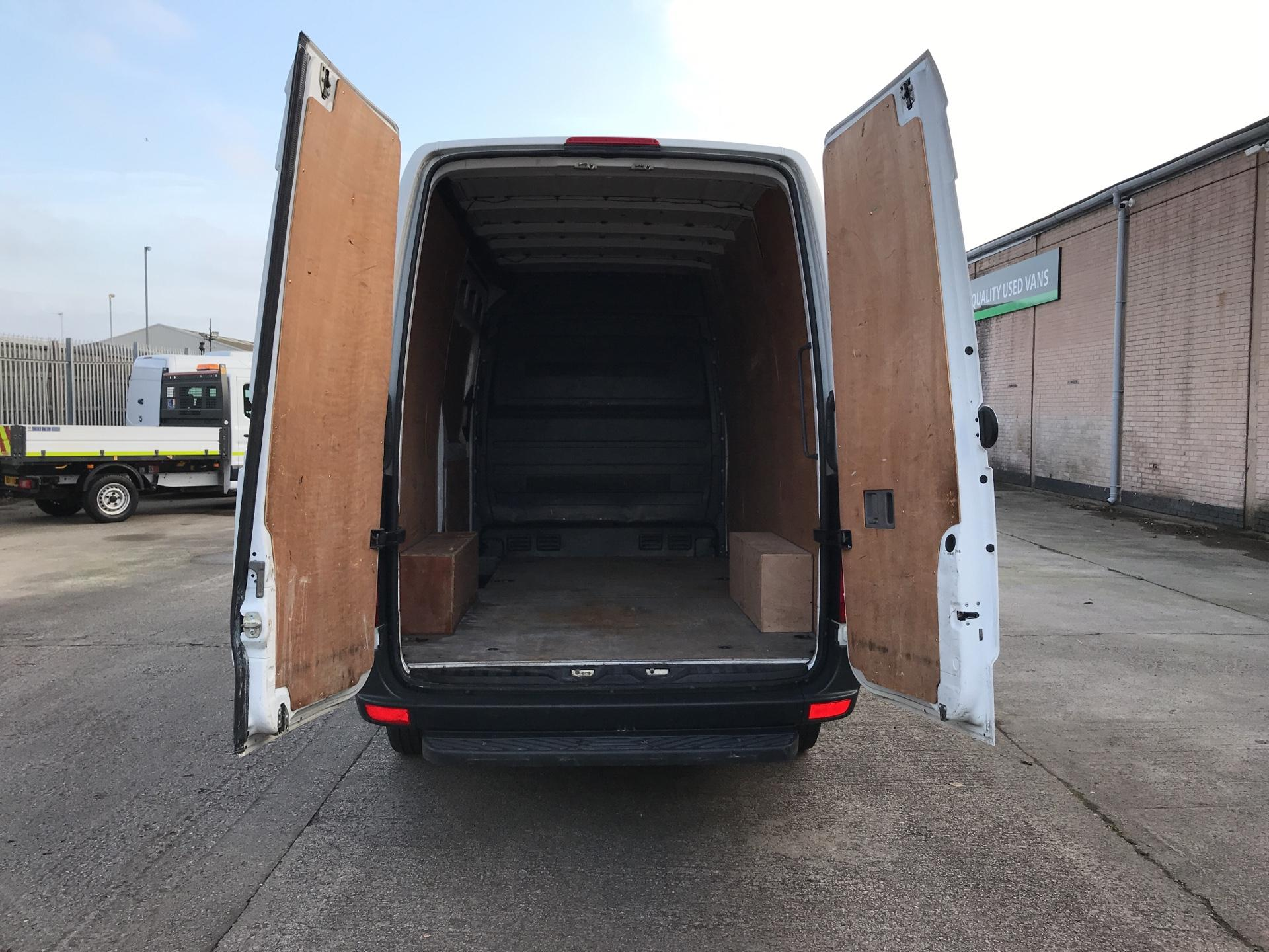 2015 Mercedes-Benz Sprinter  313CDI MWB HIGH ROOF 130PS EURO 5  *VALUE RANGE VEHICLE - CONDITION REFLECTED IN PRICE* (KN65OPK) Image 16