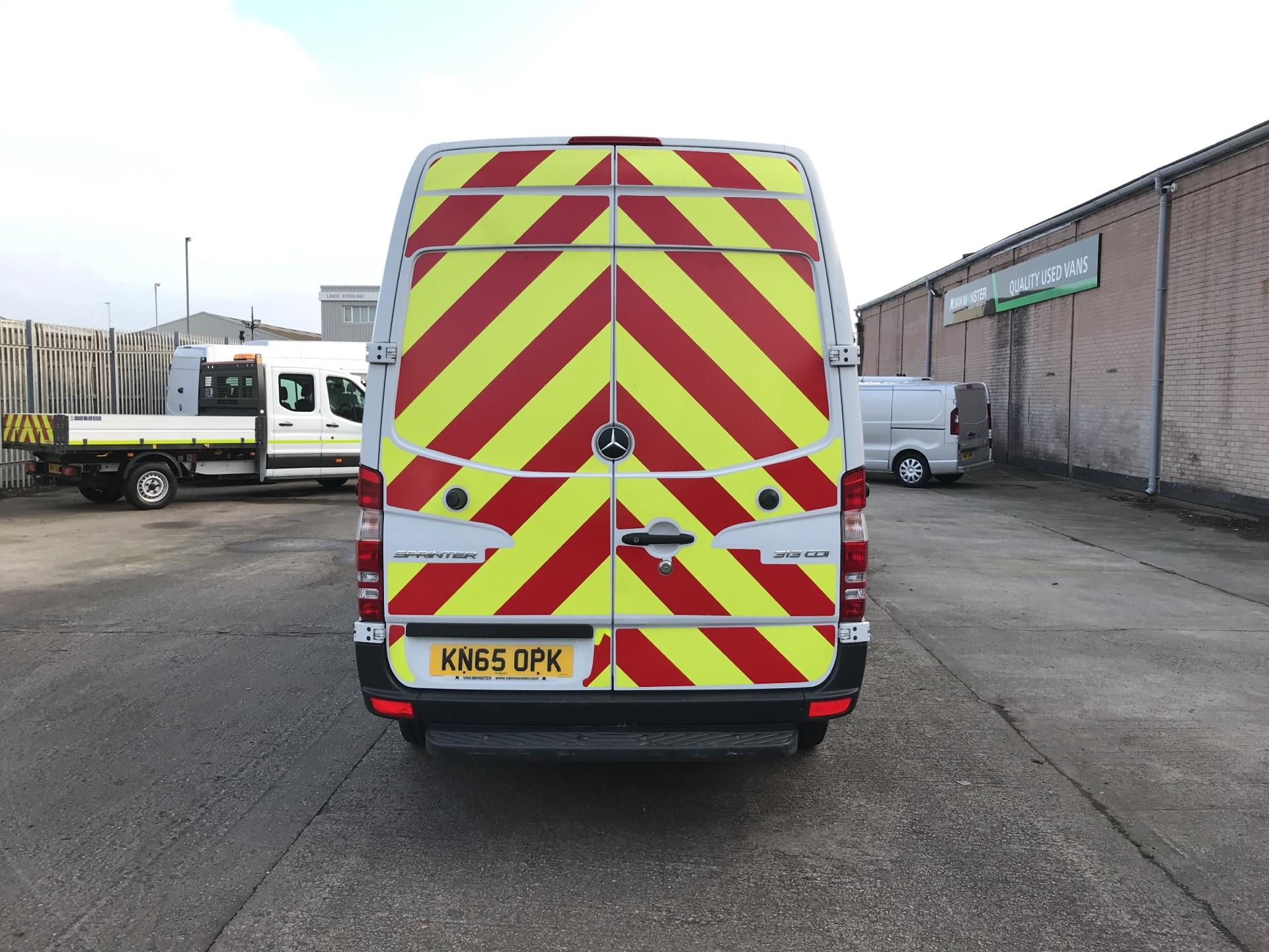 2015 Mercedes-Benz Sprinter  313CDI MWB HIGH ROOF 130PS EURO 5  *VALUE RANGE VEHICLE - CONDITION REFLECTED IN PRICE* (KN65OPK) Image 4