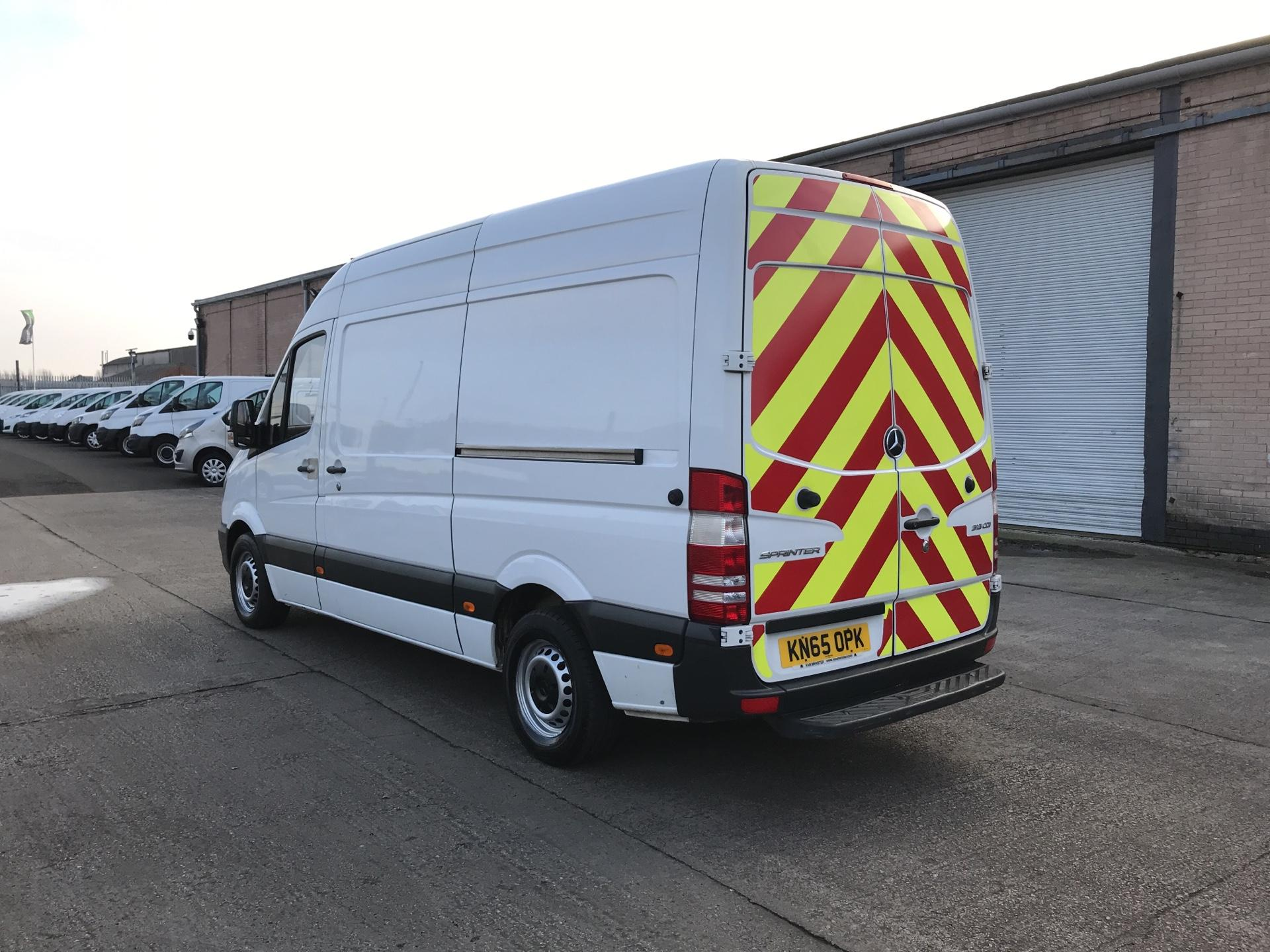 2015 Mercedes-Benz Sprinter  313CDI MWB HIGH ROOF 130PS EURO 5  *VALUE RANGE VEHICLE - CONDITION REFLECTED IN PRICE* (KN65OPK) Image 5