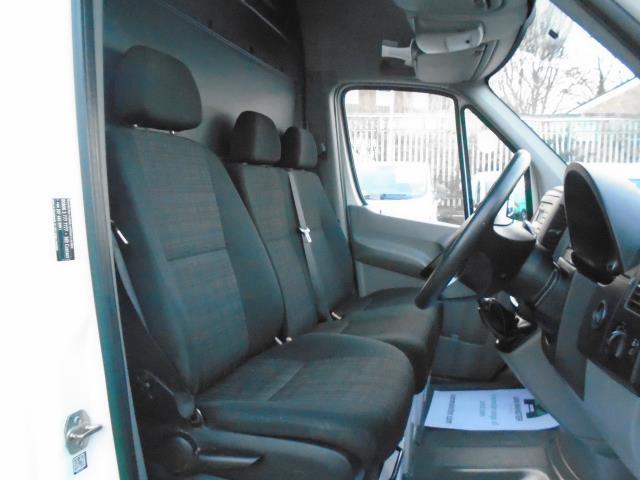2015 Mercedes-Benz Sprinter  313 MWB 3.5T HIGH ROOF EURO 5 *NO DEAD LOCKS* (KN65OSV) Image 17