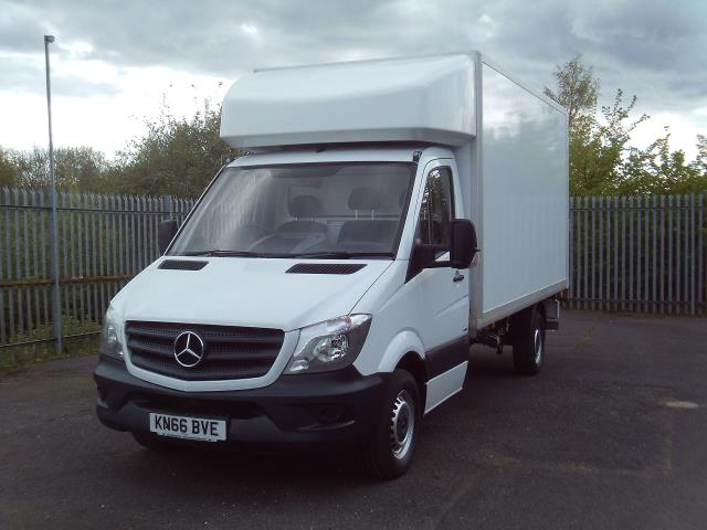2016 Mercedes-Benz Sprinter 314CDI 13FT LUTON 140PS TAIL LIFT (KN66BVE) Image 2