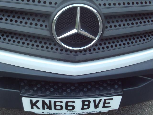 2016 Mercedes-Benz Sprinter 314CDI 13FT LUTON 140PS TAIL LIFT (KN66BVE) Image 24