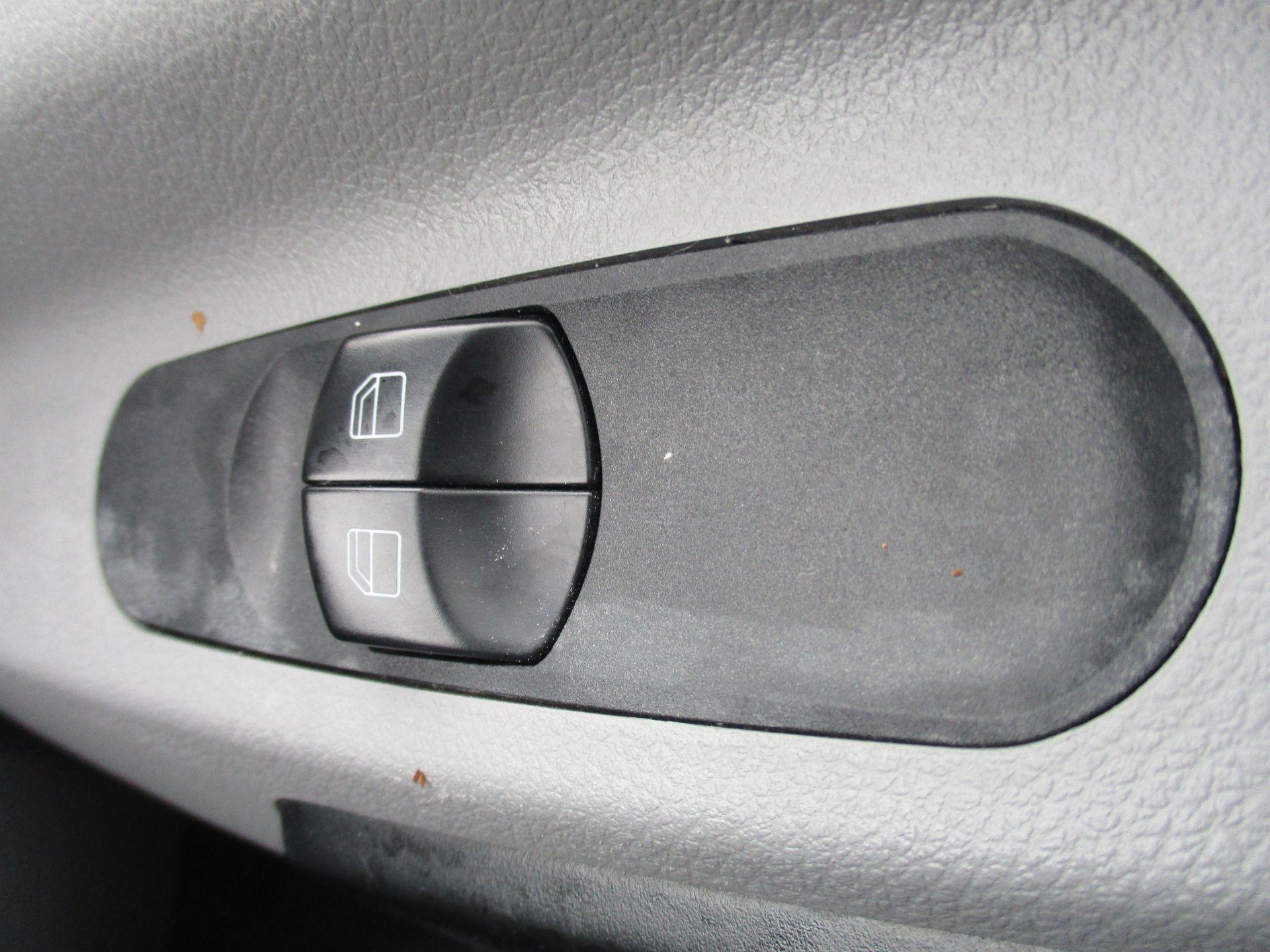 2016 Mercedes-Benz Sprinter 314 LWB H/R VAN EURO 6 (KN66BXG) Image 19