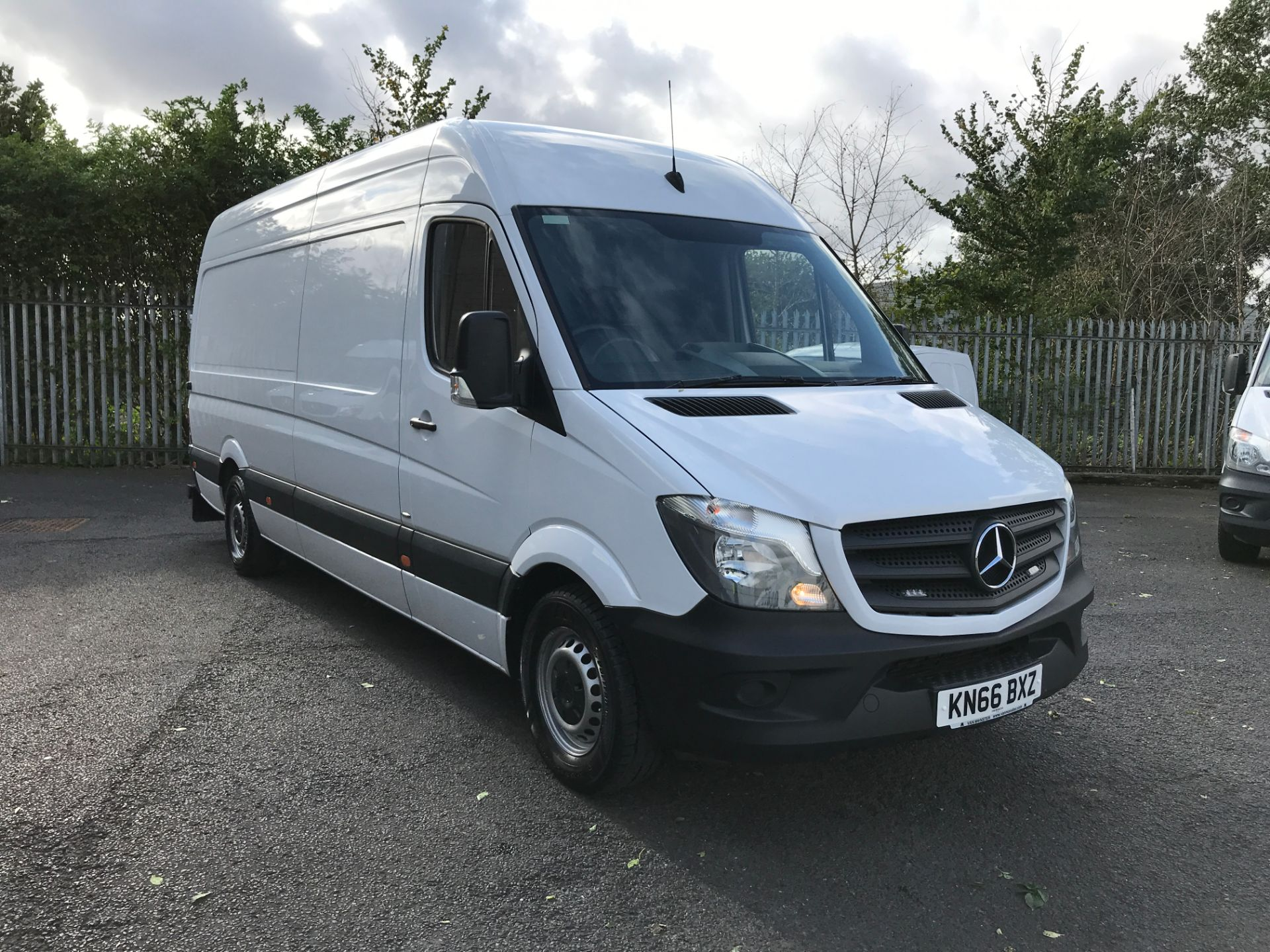 2016 Mercedes-Benz Sprinter 314CDI LWB HIGH ROOF 140PS EURO 6 (KN66BXZ)