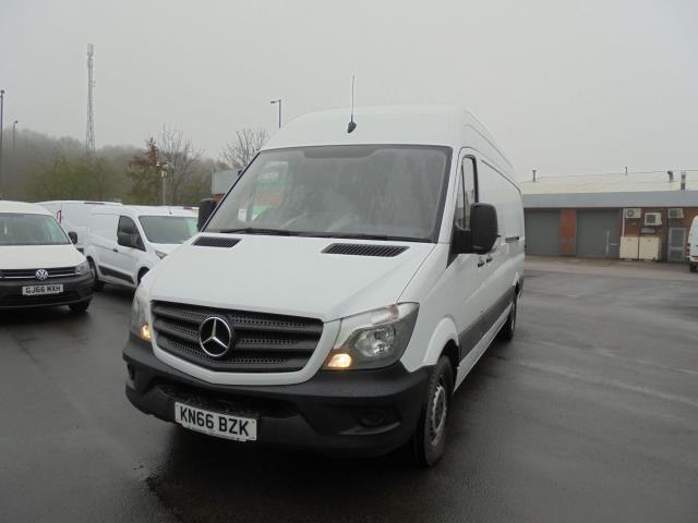 2016 Mercedes-Benz Sprinter 3.5T High Roof Van (KN66BZK) Image 3