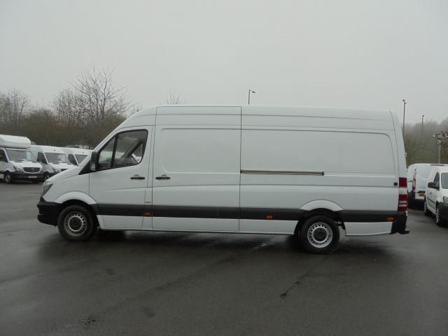 2016 Mercedes-Benz Sprinter 3.5T High Roof Van (KN66BZK) Image 17