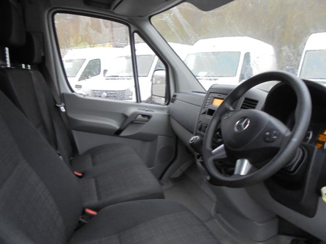 2016 Mercedes-Benz Sprinter 3.5T High Roof Van (KN66BZK) Image 7