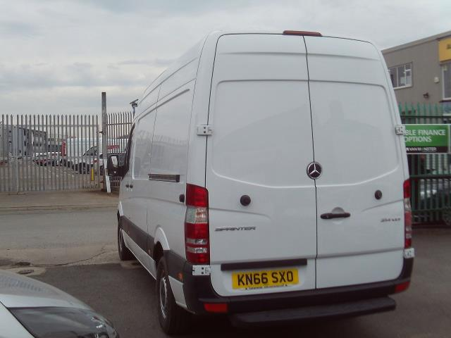 2016 Mercedes-Benz Sprinter 314cdi mwb High Roof 140ps New Shape (KN66SXO) Image 4