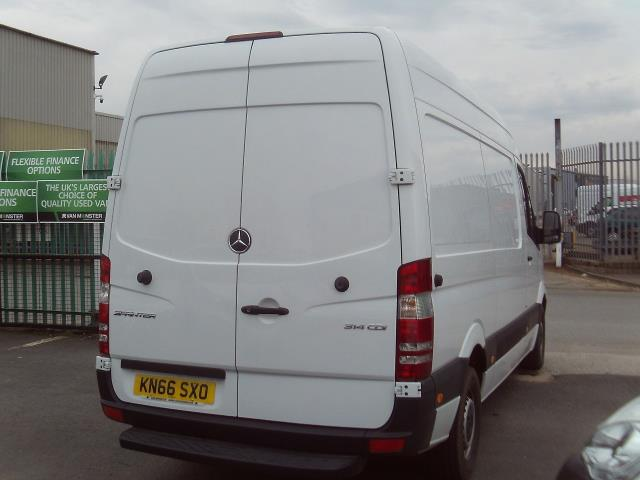 2016 Mercedes-Benz Sprinter 314cdi mwb High Roof 140ps New Shape (KN66SXO) Image 3