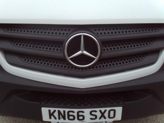 2016 Mercedes-Benz Sprinter 314cdi mwb High Roof 140ps New Shape (KN66SXO) Image 25