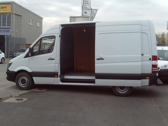 2016 Mercedes-Benz Sprinter 314cdi mwb High Roof 140ps New Shape (KN66SXO) Image 7