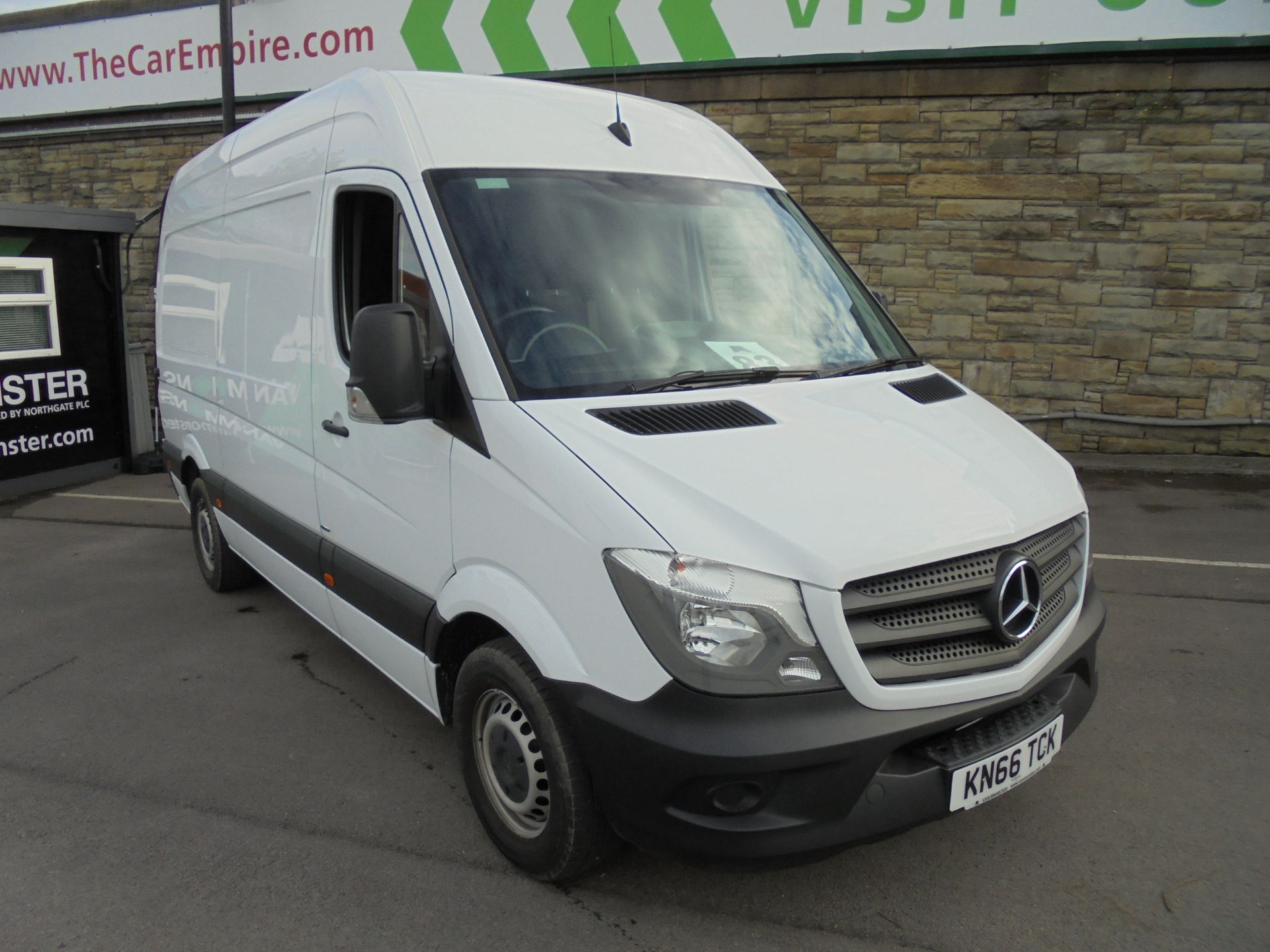 2016 Mercedes-Benz Sprinter 3.5T High Roof Van MWB (KN66TCK)