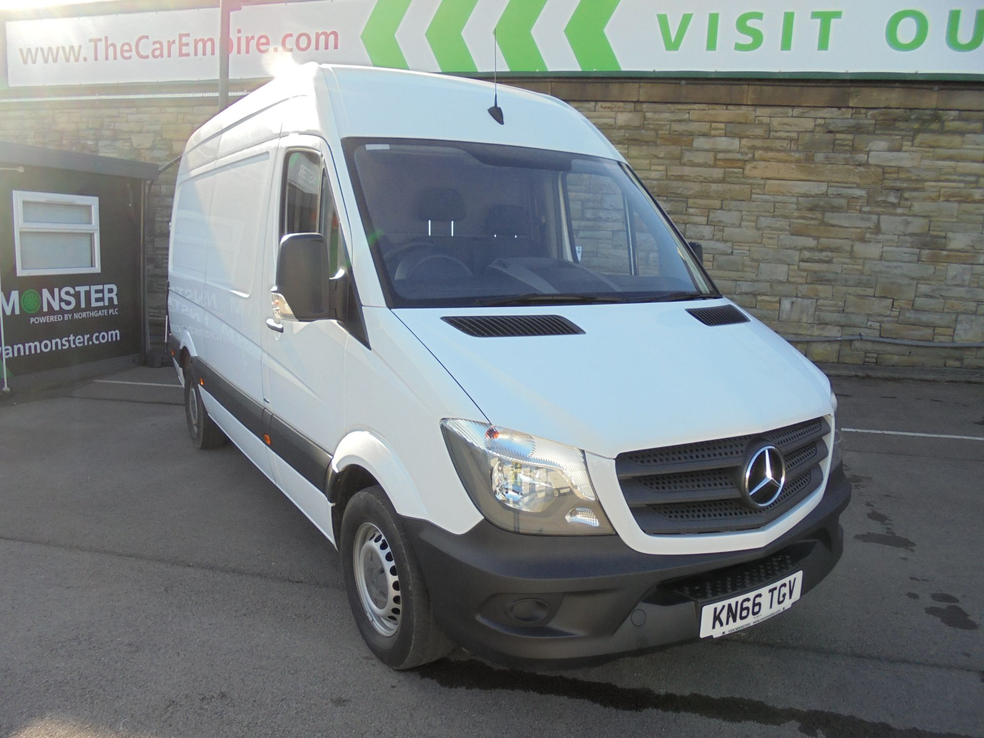 2016 Mercedes-Benz Sprinter 3.5T High Roof Van MWB (KN66TGV)