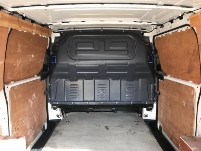 2017 Mercedes-Benz Vito 111Cdi Van LWB Euro 6 (KN67EYK) Image 37