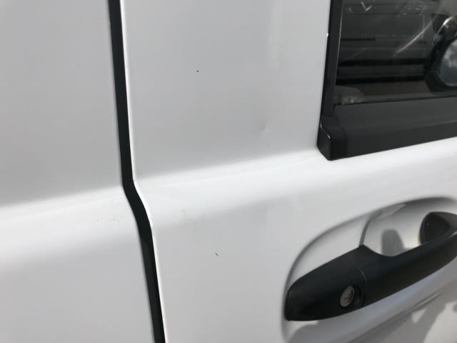 2017 Mercedes-Benz Vito 111Cdi Van LWB Euro 6 (KN67EYK) Image 42