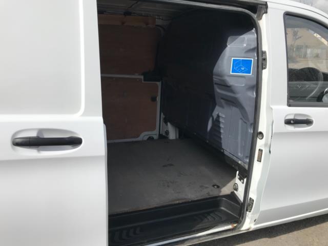 2017 Mercedes-Benz Vito 111Cdi Van LWB Euro 6 (KN67EYK) Image 32