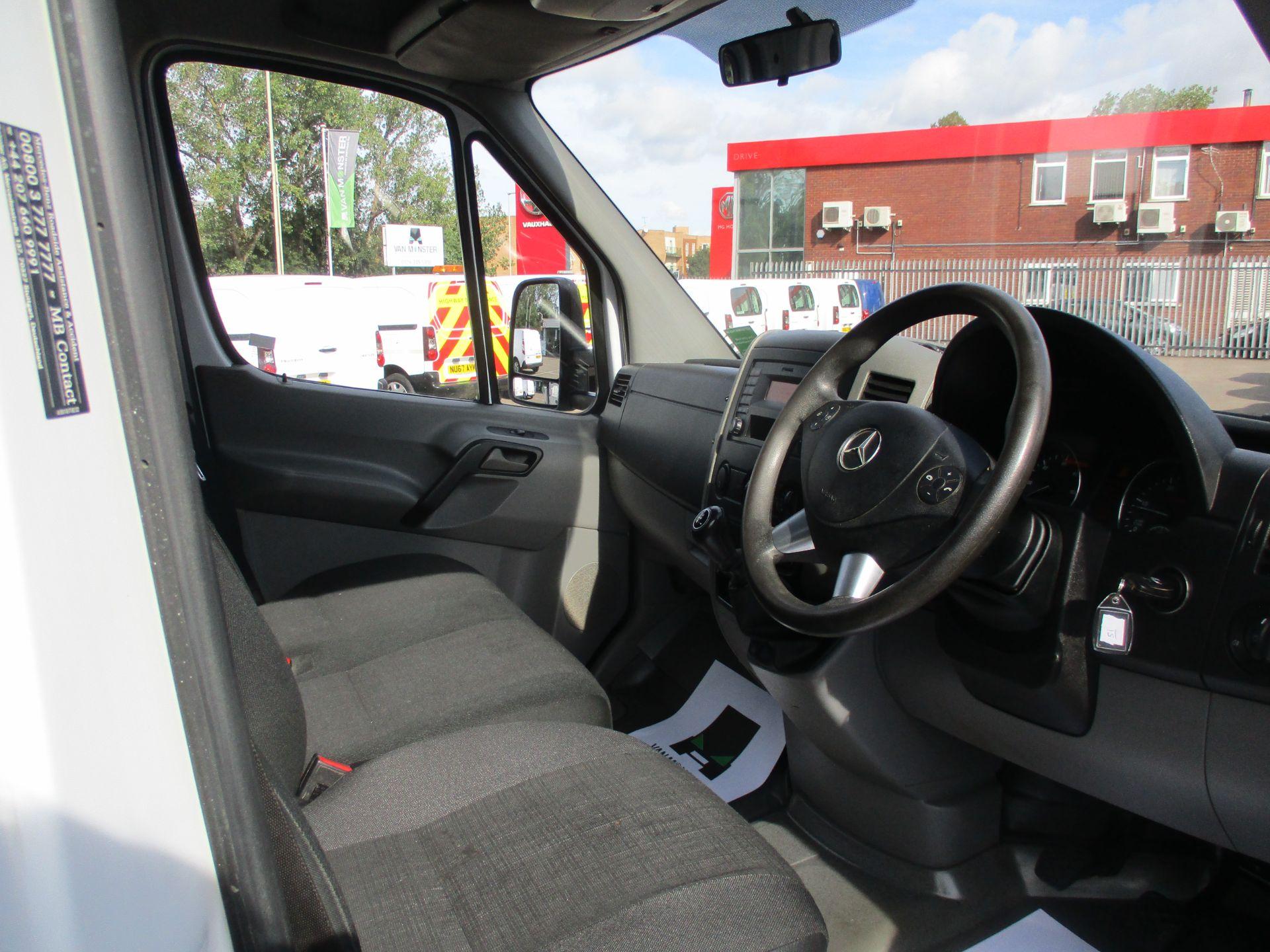 2017 Mercedes-Benz Sprinter 314CDI DOUBLE CAB TIPPER (KN67EZH) Image 11