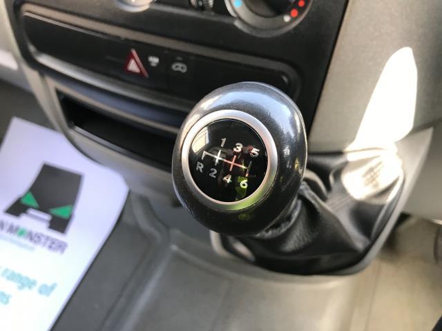 2017 Mercedes-Benz Sprinter 314CDI 13FT LUTON 140PS TAIL LIFT EURO 6 (KN67EZJ) Image 4