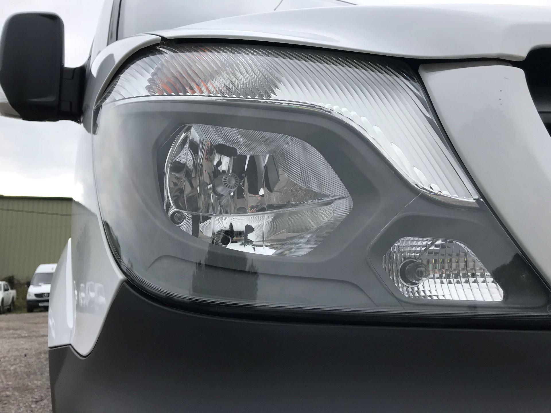 2017 Mercedes-Benz Sprinter  314 LWB H/R VAN EURO 6 (KN67FDC) Image 17