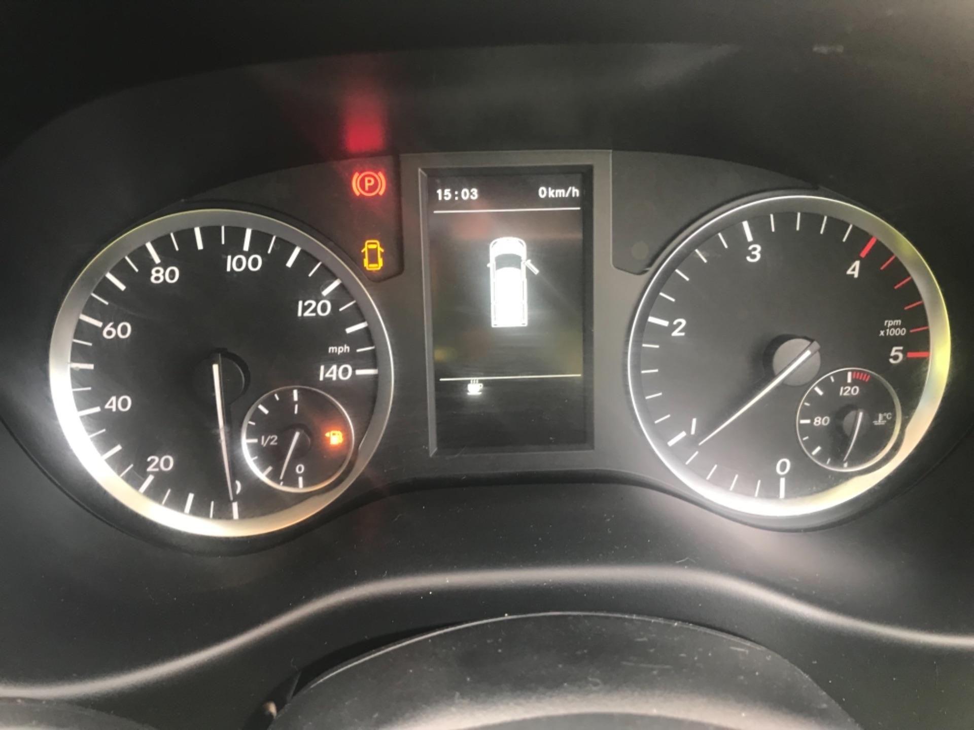 2017 Mercedes-Benz Vito LONG 111CDI VAN EURO 6  (KN67UUD) Image 18