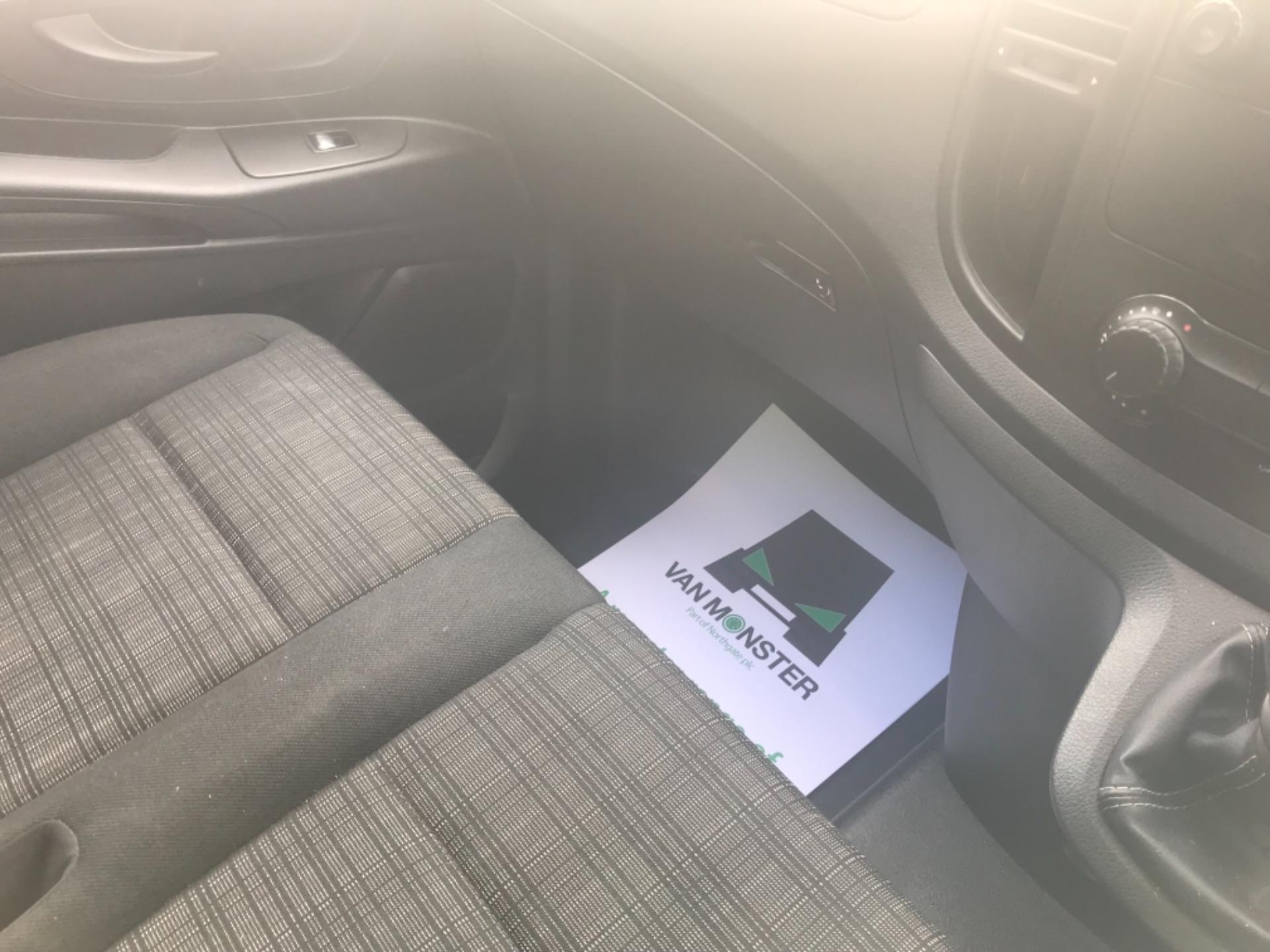 2017 Mercedes-Benz Vito LONG 111CDI VAN EURO 6  (KN67UUD) Image 10